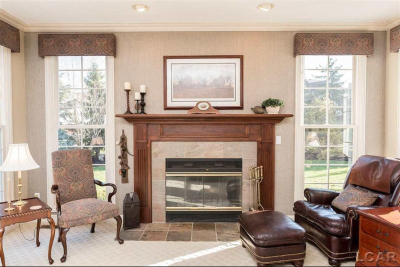 Listing Photo for 660 Stonecrest