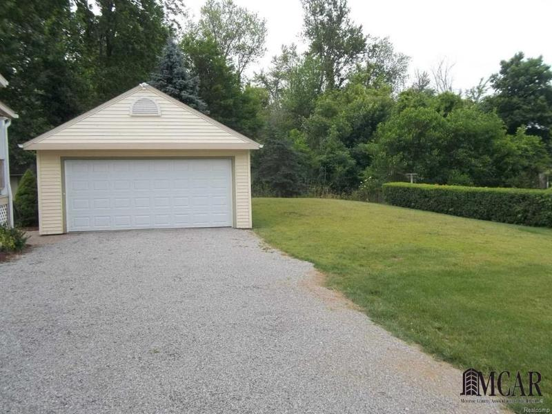 Listing Photo for 1635 E Erie Road