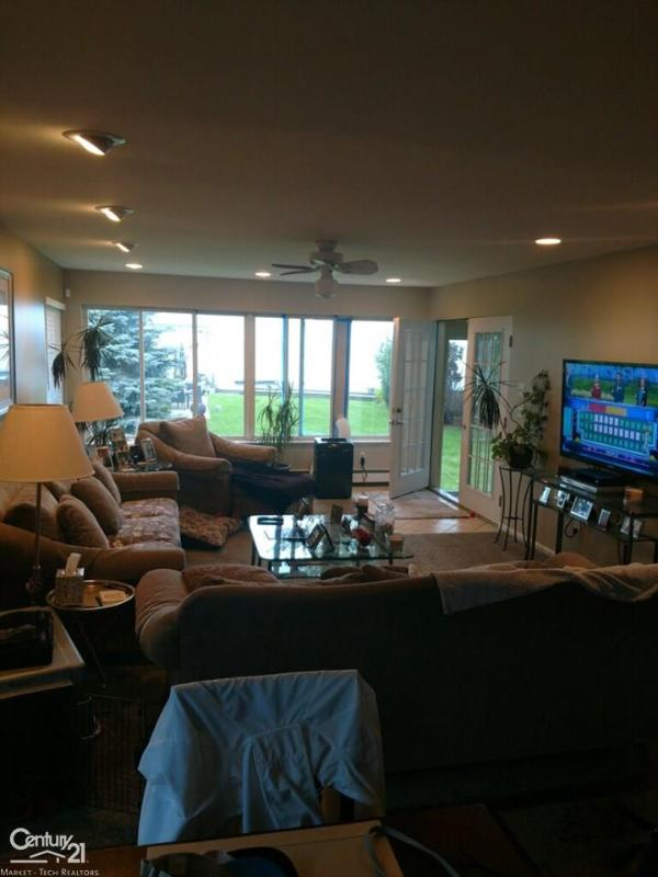 Listing Photo for 49328 Bayshore