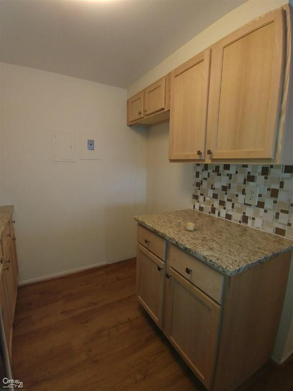 Listing Photo for 1300 E Lafayette #202