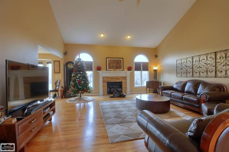 Listing Photo for 17446 Augusta Dr