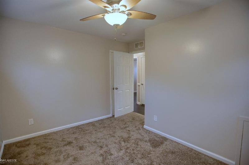 Listing Photo for 3540 Greenfield
