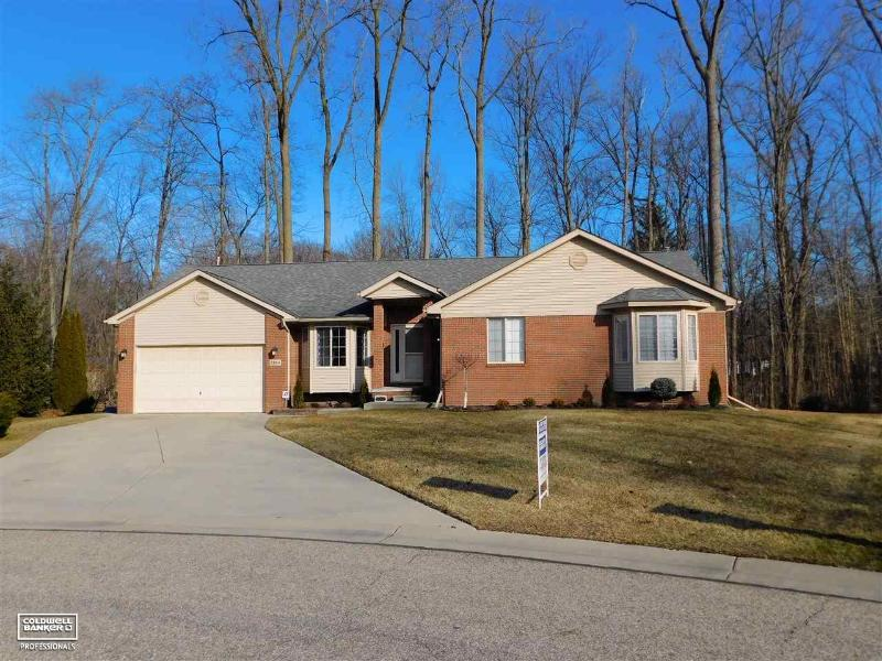 Listing Photo for 2984 Manchester