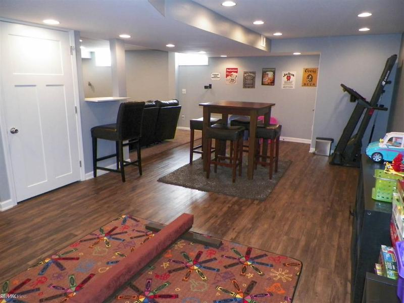 Listing Photo for 6527 Crabapple