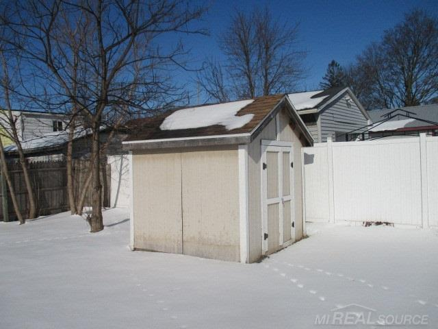 Listing Photo for 609 Woodside