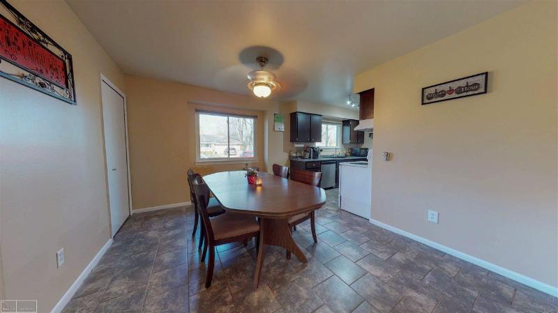 Listing Photo for 28841 Roan