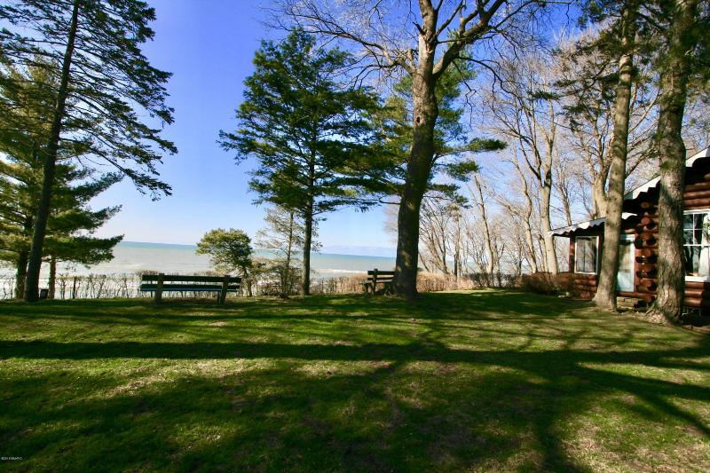 Listing Photo for 15860 Lakeshore Road