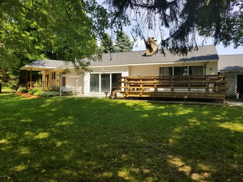 Listing Photo for 1343 W Esther