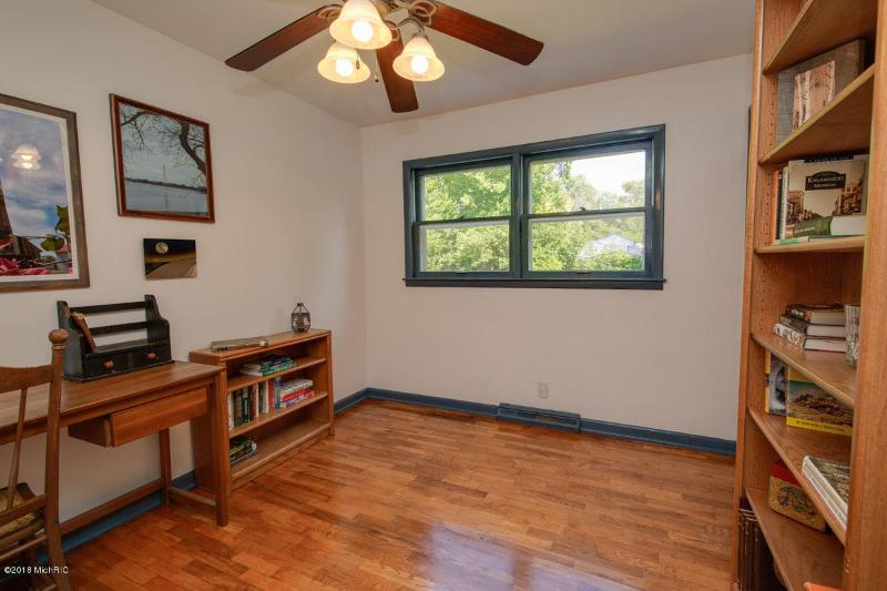 Listing Photo for 9969 S 32nd Street