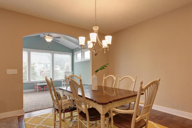 Listing Photo for 3244 Braeburn Court 34