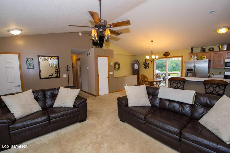 Listing Photo for 16528 Ashley Court
