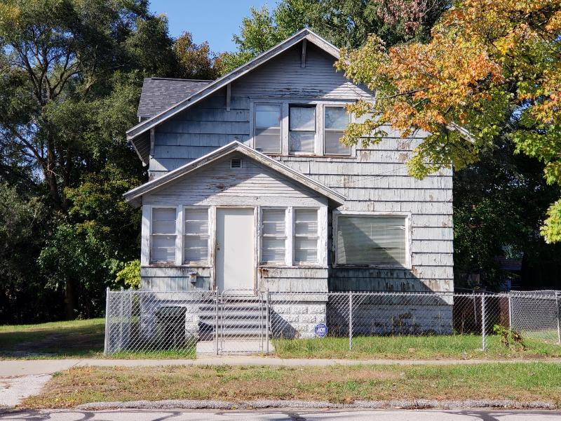 Listing Photo for 492 Houston Avenue
