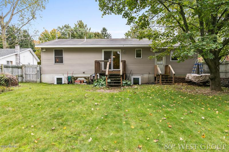 Listing Photo for 616 W Dodge Street