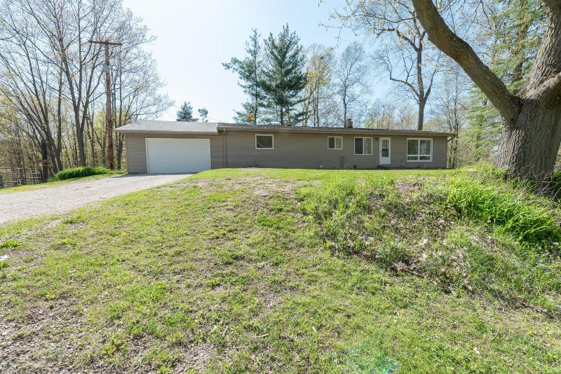 Listing Photo for 8661 Lincoln Lake Avenue