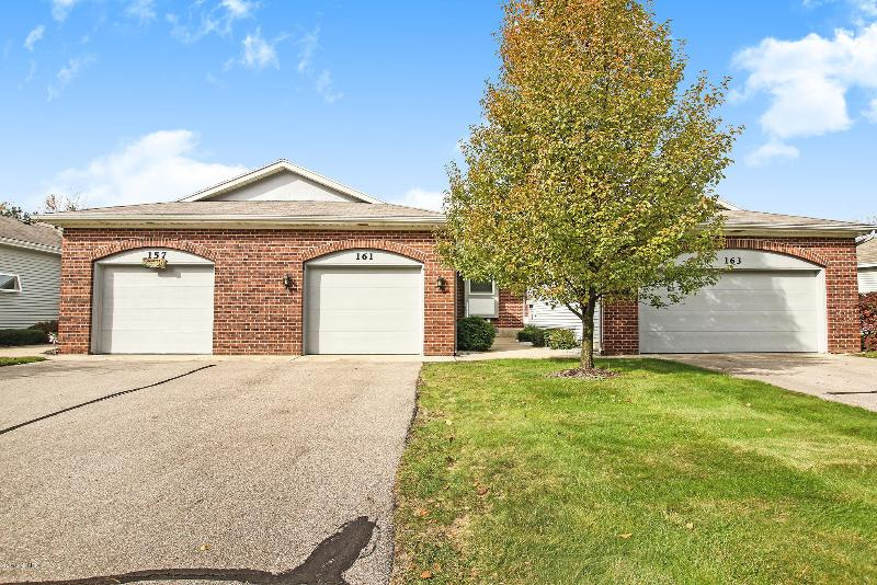 Listing Photo for 161 Laurelwood Court 98