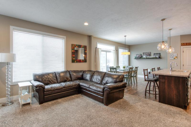 Listing Photo for 7085 Koper Circle