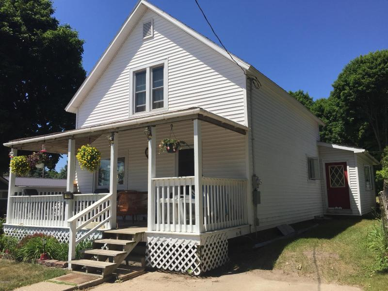 Listing Photo for 409 E Main Street