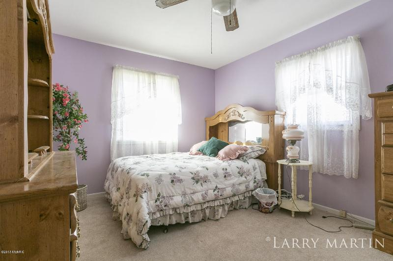 Listing Photo for 7970 Lamplight