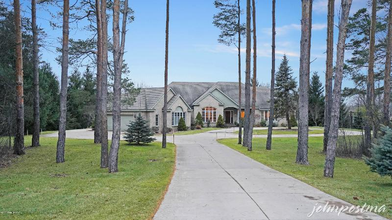 Listing Photo for 1999 Tall Pines Drive