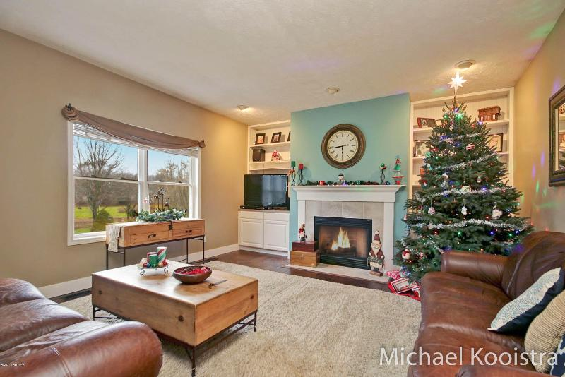 Listing Photo for 2250 Christine Court