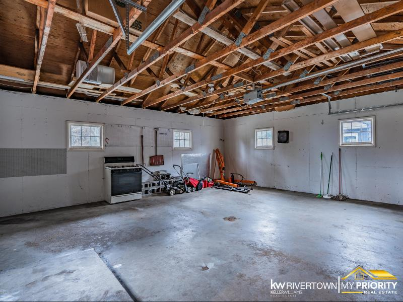 Listing Photo for 1019 Berkshire Drive