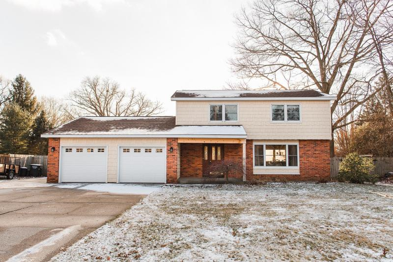 Listing Photo for 1635 Bayview Drive