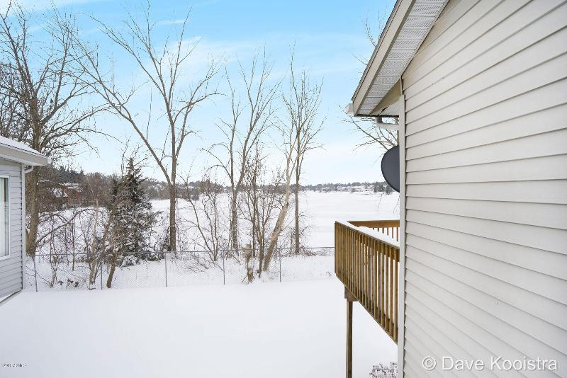 Listing Photo for 86 Grandvillage Court 5