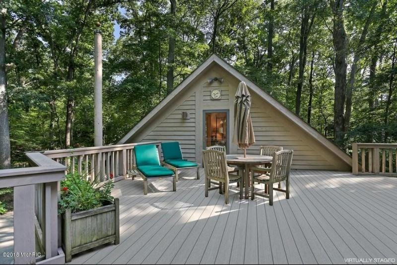 Listing Photo for 16266 Timber Lane