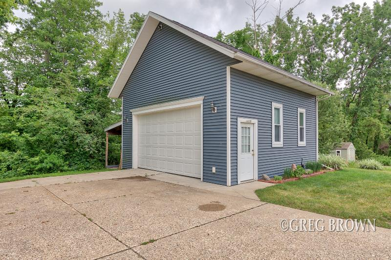 Listing Photo for 6991 Goldenrod Avenue