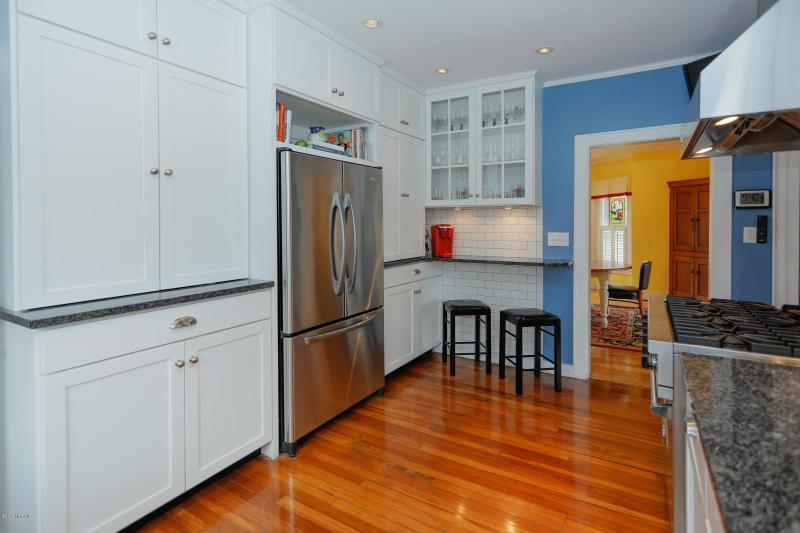 Listing Photo for 401 N Gremps Street