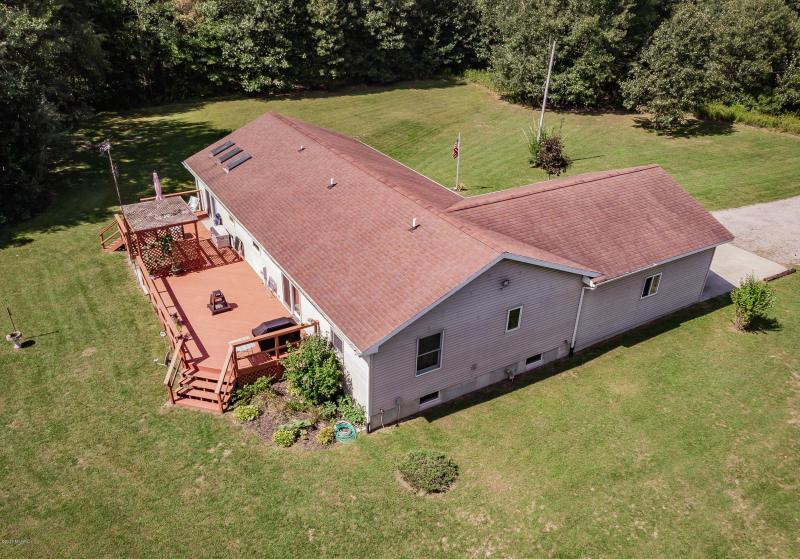 Listing Photo for 6207 Long Lake Road