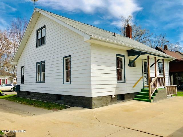 Listing Photo for 1423 4th Avenue