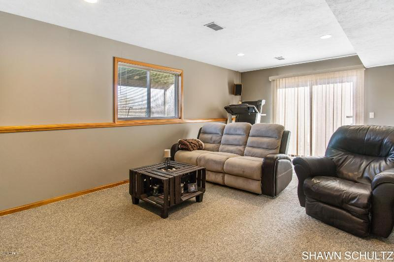 Listing Photo for 631 135th Avenue