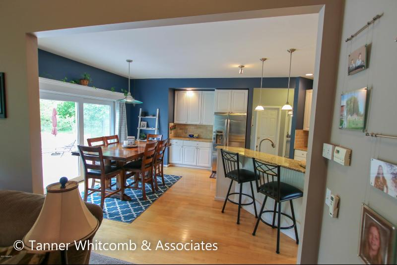 Listing Photo for 8069 Whispering Winds Court