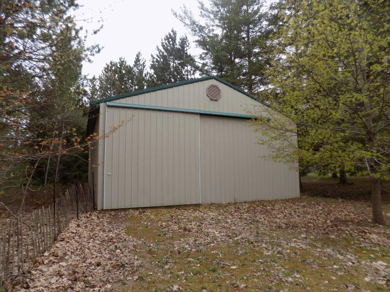 Listing Photo for 10444 Wheeling Road
