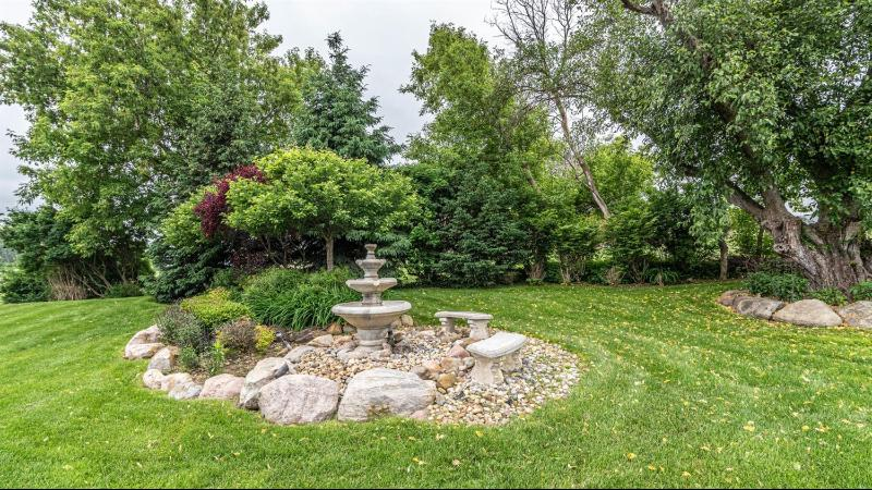 Listing Photo for 9899 Lapham Way