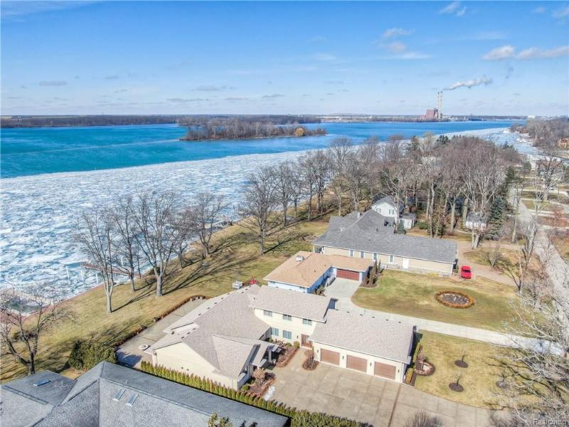 Listing Photo for 28589 Swan Island Dr