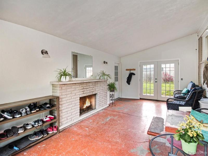 Listing Photo for 22854 Hayes St
