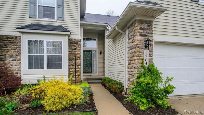 Listing Photo for 1704 Sanctuary Cir 36