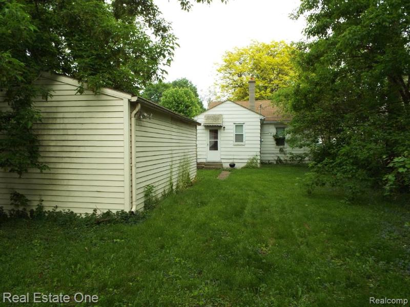 Listing Photo for 21187 Rensselaer St
