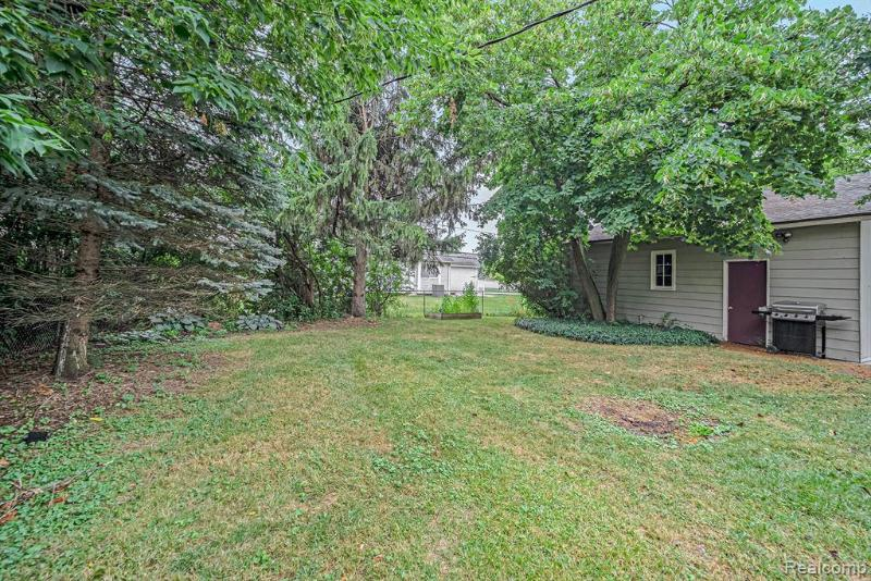 Listing Photo for 1903 Alexander Dr