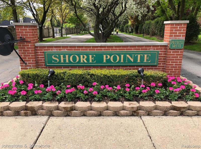 Listing Photo for 21949 Shore Pointe Ln