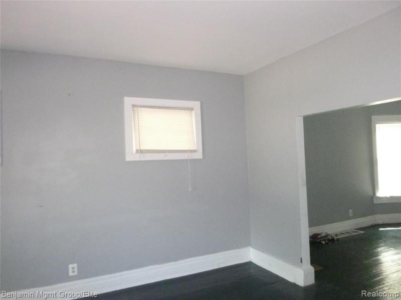 Listing Photo for 550 Mount Vernon