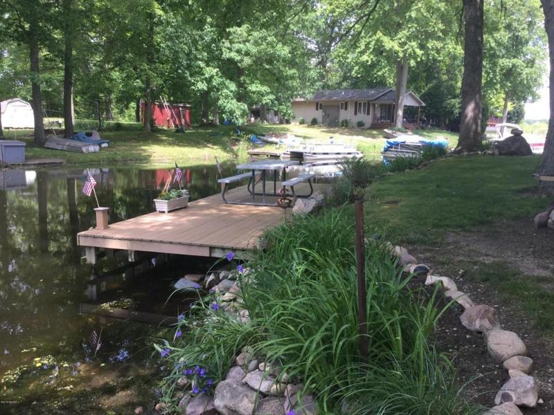 Listing Photo for 7776 Island Dr