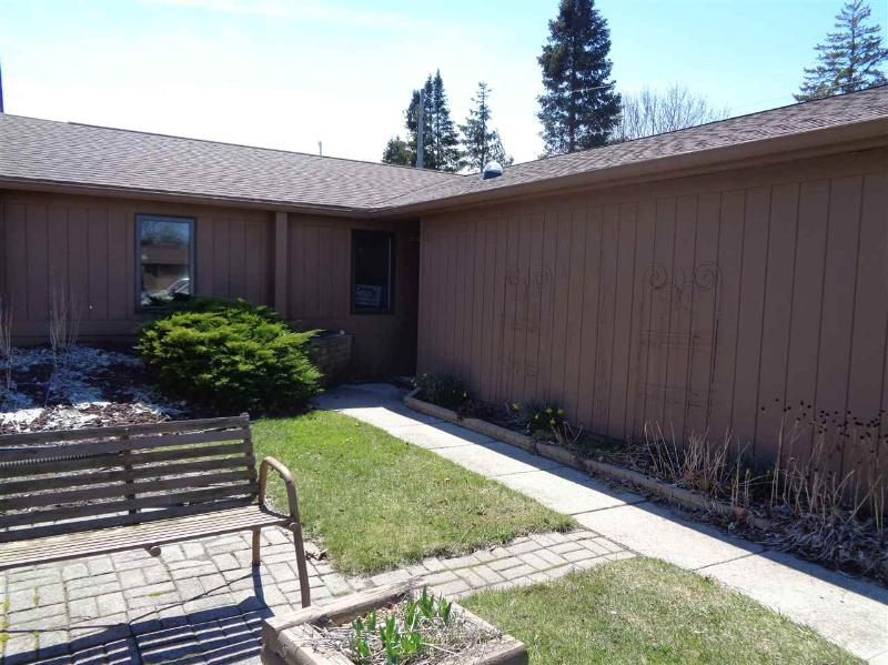 Listing Photo for 118 Darley