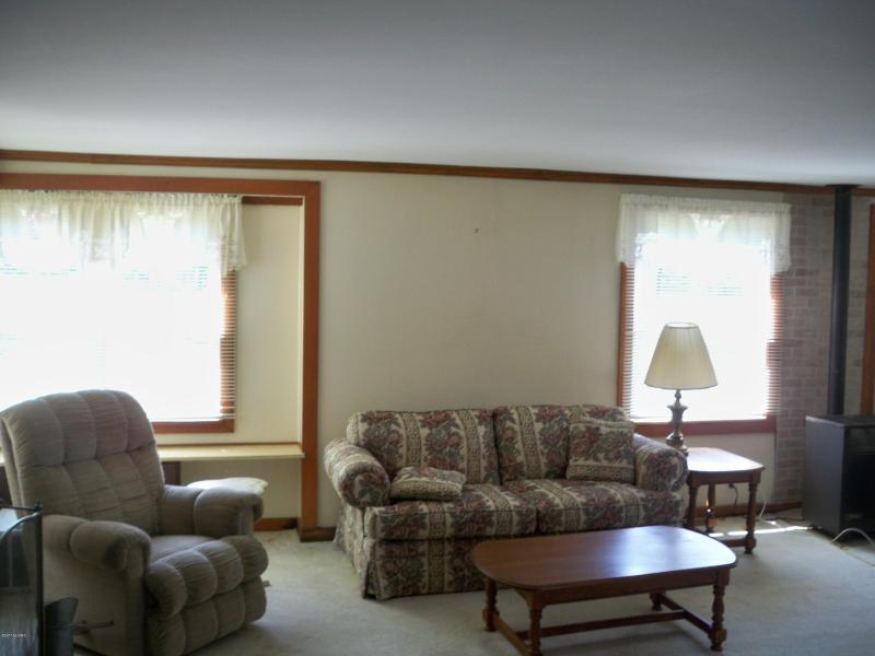 Listing Photo for 4525 N Lakeshore Drive Unit #1