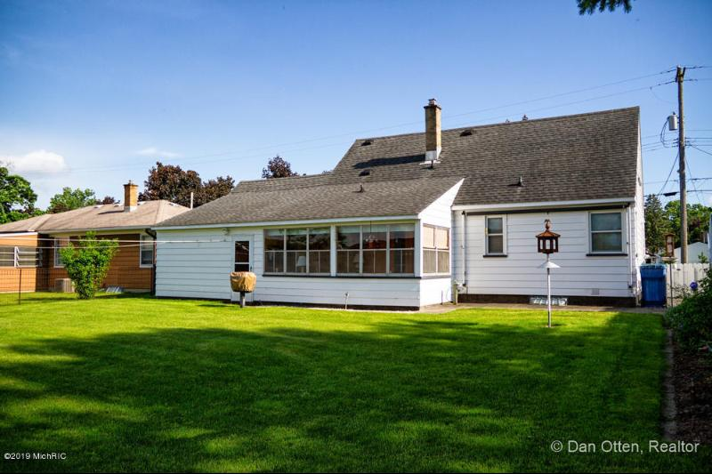 Listing Photo for 1319 Ellsmere Street