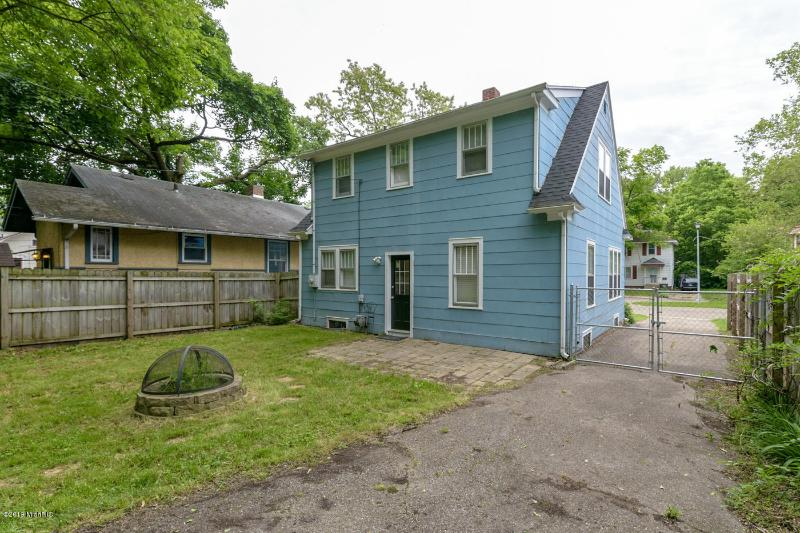 Listing Photo for 1504 Lay Boulevard