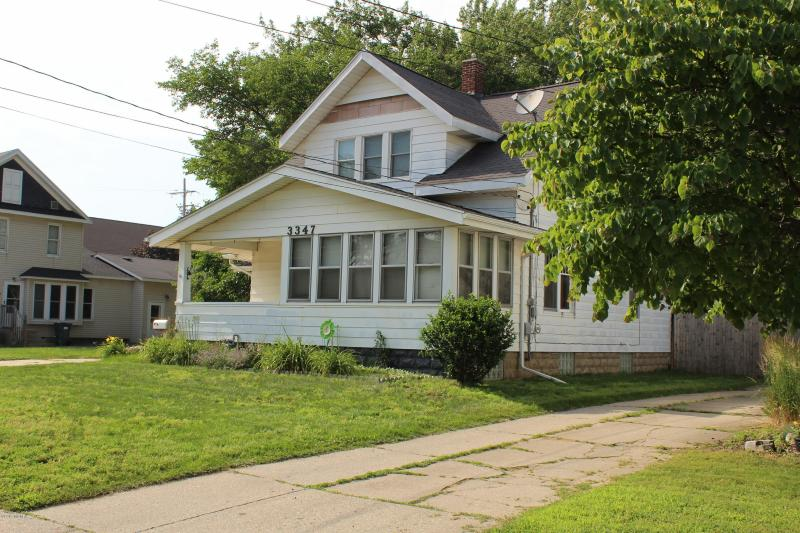 Listing Photo for 3347 Van Buren Street