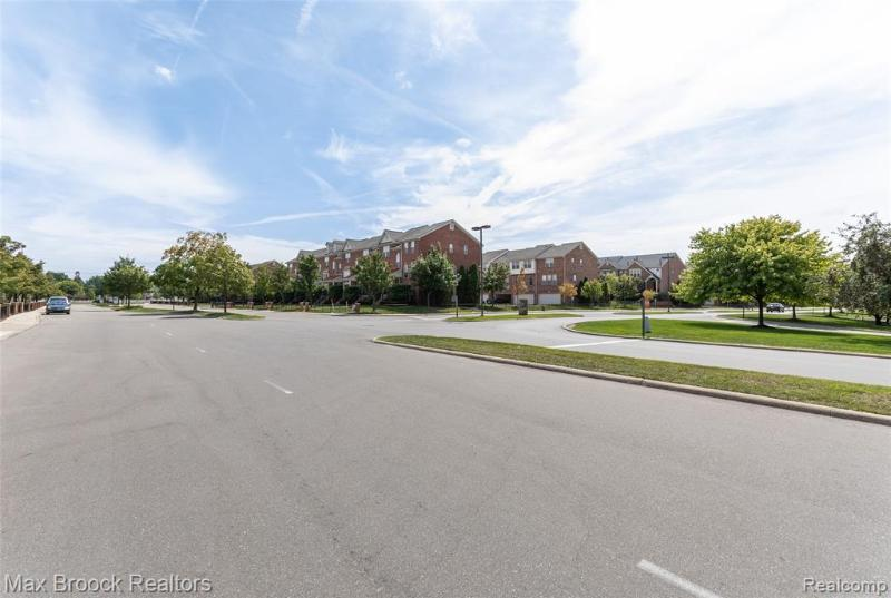 Listing Photo for 20304 Boardwalk Blvd